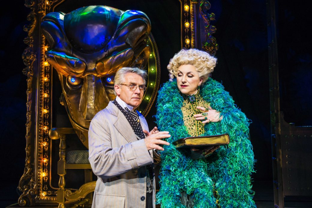 Steven Pinder plays Oz in Wicked at The Liverpool Empire